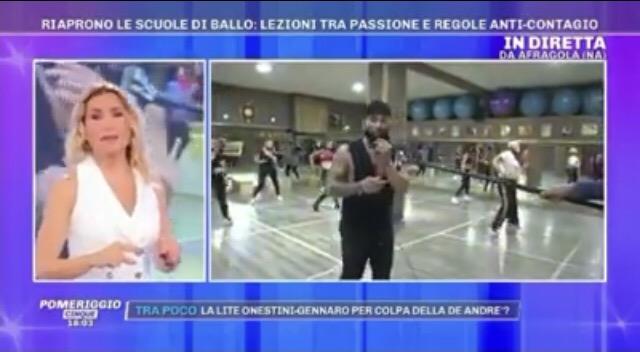 Fase 3 e sport, ripartire in sicurezza con la Dynamic Dance Project nel salotto di Barbara D'Urso