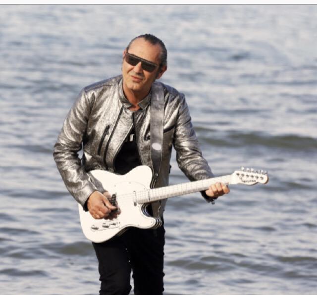 Arriva 'La canzone dell'estate', l'ultimo singolo di Luca Carboni