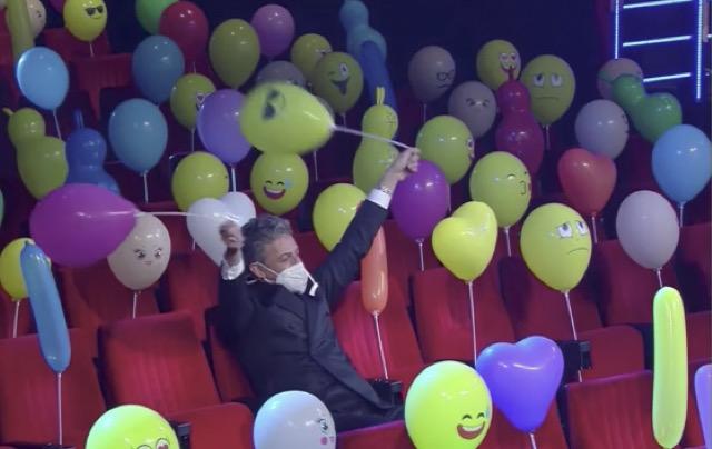 Seconda serata Sanremo 2021, anche con i palloncini il festival non 'balla'